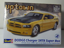 Dodge Charger SRT8 Super Bee Revell 1/25 scale model Kit