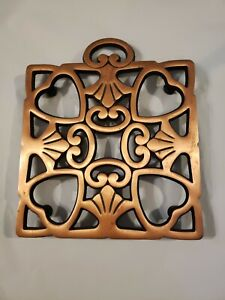 """Pampered Chef Copper Trivet """"Round-Up from the Heart"""" Design ."""