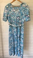 Vintage Retro Bright Blue Floral Pattern Short Sleeve Dress with Belt Approx 12