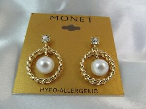 NWT MONET GOLD with PEARL & RHINESTONES RING DESIGN DROP DANGLE EARRINGS, Lovely