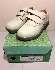 Apex Ambulator Orthopedic Women's Taupe 5.5 Wide Shoes 1264 - New