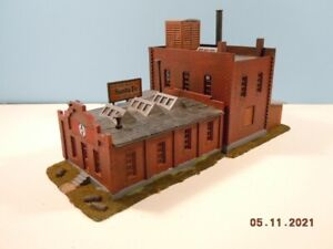 HO Santa Fe Engine Terminal Office - Detailed, Weathered & Ready to Install ATSF