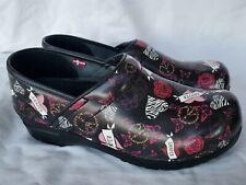 Sanita Womens Size 39 8.5 Slip On Platform Clogs Roses Hearts Peace Sign