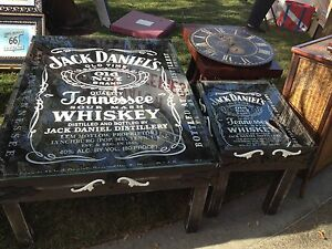 collictibles furniture tables Jack Daniels one of a kind coffee and end table