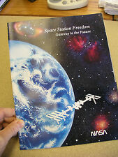 "1992 NASA ISSUED SPACE STATION FREEDOM ""GATEWAY TO THE FUTURE"" PROMOTIONAL ITEM"