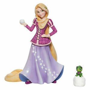 Disney Showcase Couture De Force Holiday Rapunzel Figurine New with Box