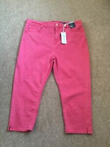 M&S (the Carrie ) bright coral denim stretchy crops size 20 new