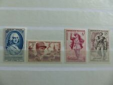 LOT 4 TIMBRES NEUFS FRANCE ANNEE 1953