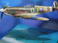 "REVELL<>MAGIC FLIGHT<> ""SPITFIRE MK V"" <>1/72 SCALE<>MIB"