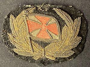 British Army Dress Patch, Gold Thread, Laurel Leaf Wreath With Red Cross Flag