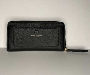 Marc Jacobs Black Wallet Continental Zip Around  Card Holder Clutch 154184