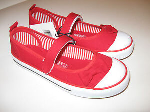 Brand New   L&D  girls child shoes casual  red canvas size -1/11/2/3;