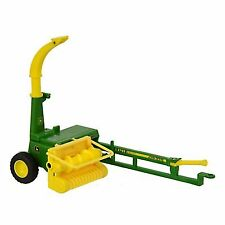 BRITAINS JOHN DEERE HERITAGE COLLECTION 3765 TRAILED FORAGE HARVESTER