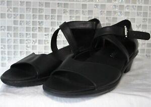 Klouds Womens Size 42 Gypsy Black Low Heel OpenToe Leather Sandals