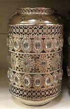 Plata Metal ornamentales Floral empedrada Morrocan Linterna nuevo sostenedor de vela de pilar