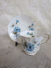 Elizabethan China Cup & Saucer England Blue Flowers Gold Trim White Daisy