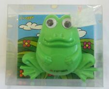Stapler Spot welder Nippen shaped frog green cute and useful New