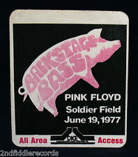 PINK FLOYD-Rare Original 1977 Backstage Pass-Chicago Soldiers Field-Animals Tour