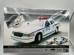 Testors Metal Body Model Kit 1:24 Ford Police Interceptor Car NYPD