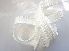 4 metres ruban  satin  plissé  BLANC     ref.  1853