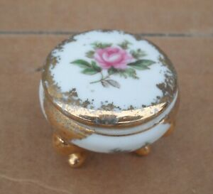 Vintage 1950's SMALL CERAMIC JEWELRY BOX FOR SINGLE RING OR SMALL NECKLACE-Gold