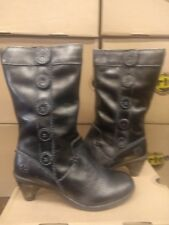 DR MARTENS TOKI BLACK AND SILVER SIZE 8