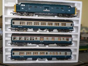 "Lima Golden Series Deltic ""The Inter City"" Set No.10-9707, Boxed, Barely Used."