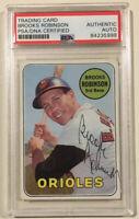 1969 Topps BROOKS ROBINSON Signed Baseball Card PSA/DNA #550 Baltimore Orioles