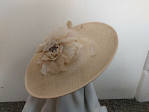 Beige Flower Fascinator