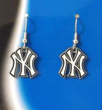 NEW YORK YANKEES LOGO EARRINGS 21418-1 baseball sports jewelry
