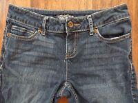 SimplyVera Vera Wang Denim Jeans Slightly Distressed Pants Size 2 Straight Leg