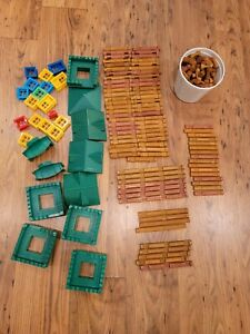 Lincoln Logs Set 268 Pieces 1998 2000 Roofs, doors