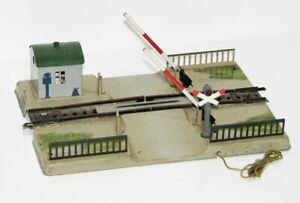Märklin H0 7390 mechanischer Bahnübergang mit beleuchtetem Anderaskreuz FR2112
