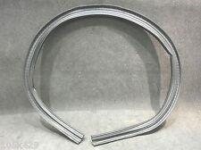 MGZT, Rover 75. Bonnet seal. Rear, center.  (CJE100900)