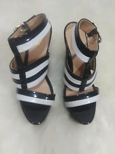 Nine co shoes black and white wedge ankle strap sandals 9.5