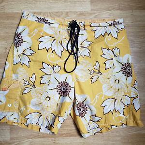 TOMMY BAHAMA MESH LINED FLORAL NYLON BLEND SWIM BOARD SHORTS SIZE XL