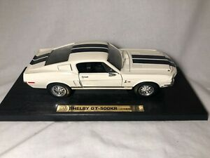 Road Legends 1968 Ford Mustang Shelby GT500KR White 1:18 Diecast
