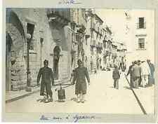 Italie, Sicile, une rue à Syracuse  Vintage print  Tirage argentique  13x18