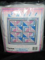 Fairfield Rambling Rose Wall Hanging Quilt Kit Easy Fabric Batting Instructions