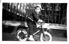 BECON PHOTO ENFANT AVEC VELO 1955