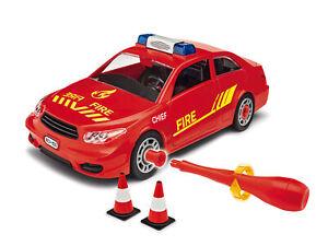 Junior Kit Fire Chief Voiture 1:20 Plastique Model Kit 00810 Revell