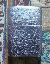 PLAIN 1941 REPLICA BRUSHED CHROME ZIPPO LIGHTER FREE P&P FREE FLINTS