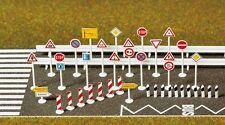 Verkehrszeichen-set Busch 8121 / escala N