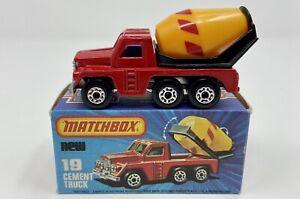 Matchbox Superfast No. 19 Cement Truck in Original Box