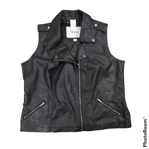 NWT Maurices Faux Leather Motorcycle Vest Women 2XL Black Zip Pocket Grunge Moto