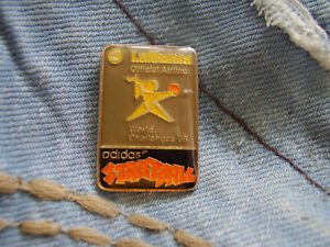 Pin Lufthansa Official Airline Adidas Streetball World Challenge 1995 in Germany