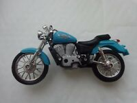 1/18 MAISTO - HONDA SHADOW VT 1100 C2 - DIECAST MOTORBIKE MOTORCYCLE BIKE MODEL