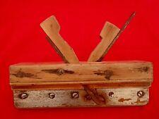 Ancien rabot à bois  outil de métier  / antique Plane with wood