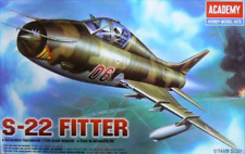 Academy 12612 1/144 Su-22 Fitter Plastic Model Kit