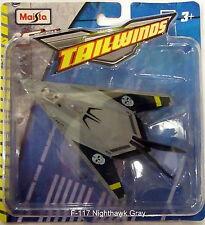 Tokalandtoys Maisto Fresh Metal Tailwinds Gray F-117 Nighthawk Stealth Fighter